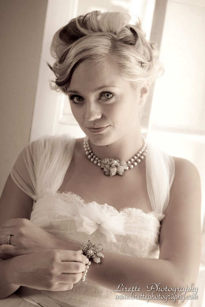 Bejeweled Bride Vintage and Retro Wedding Day Jewelry OneWed