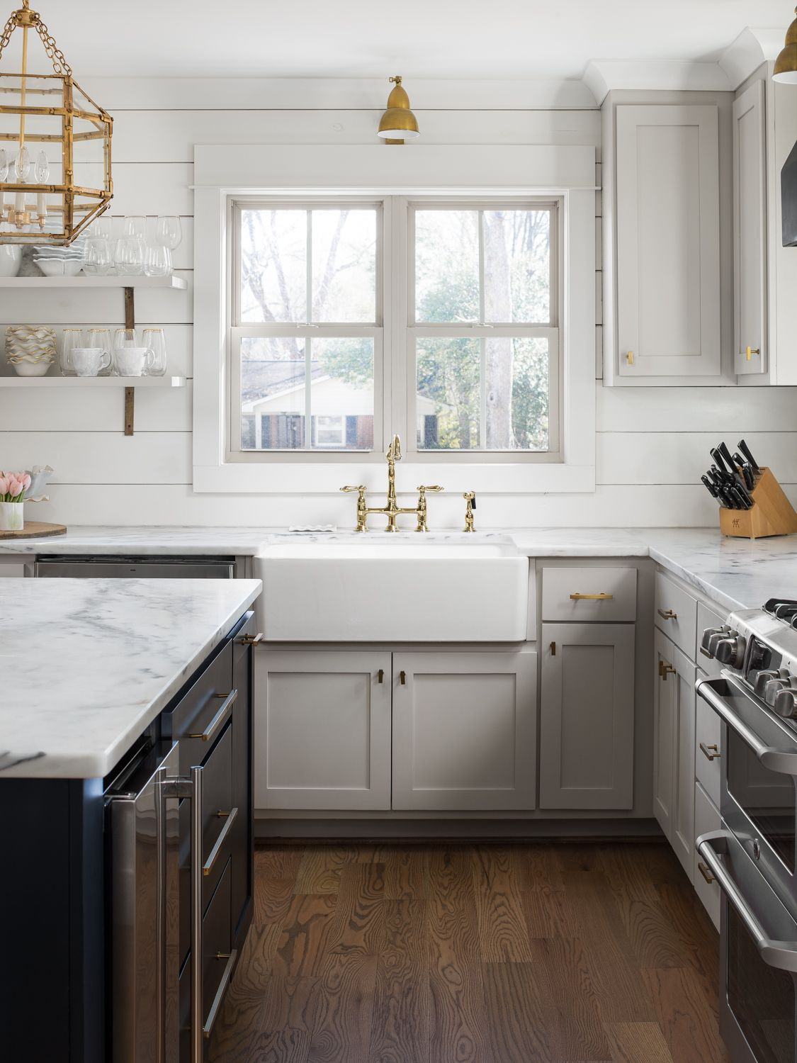600 Forest Willow Homes 0010 Jpg In 2020 Kitchen Cabinet Colors New Kitchen Cabinets Benjamin Moore Kitchen