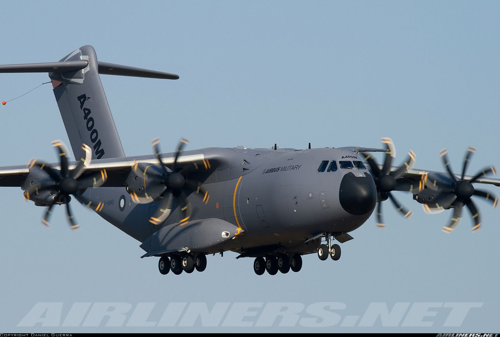 Airbus A400M Szukaj w Google Cargo aircraft, Airbus