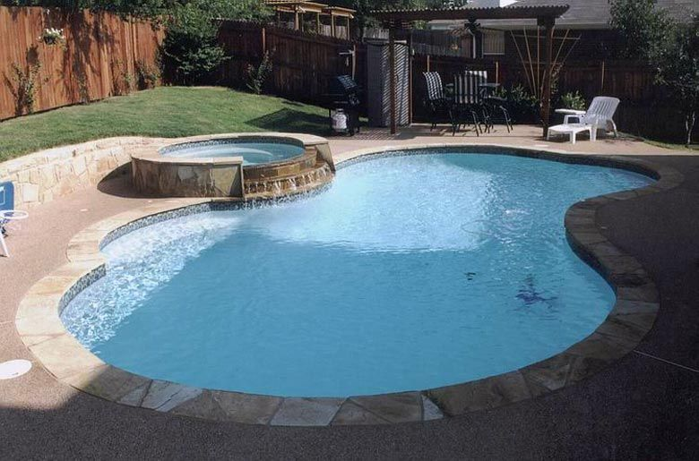 Freeform Pool With Flagstone Coping 12inch Raised Spa And