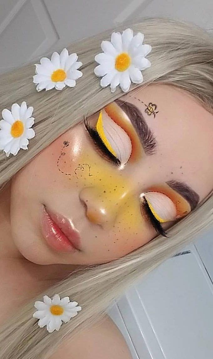 35+ Fun Colorful Eyeshadow Ideas For Makeup Lovers Part 30