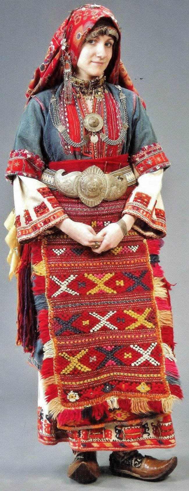 001 Traditional bridal/festive costume from the Pirin