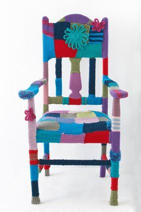 Yarn bomb a chair! I wonder if I could yarn bomb my ugly orange ...