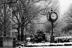 The Clock on the Town Square, Collierville, Tennessee by Peer Into The Past, via Flickr ©Melinda Cox Hall