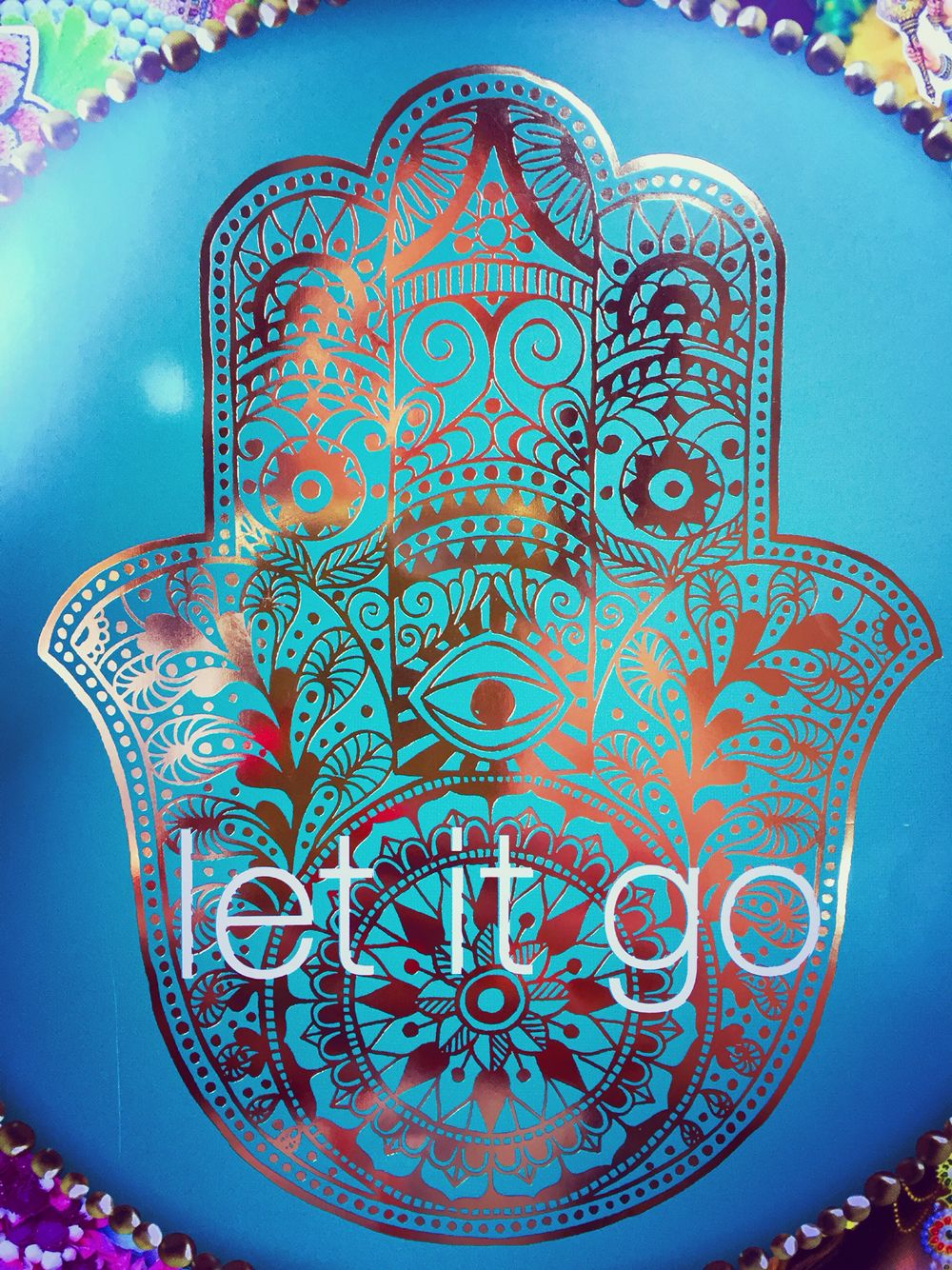 let it go from happinez magazine yoga quotes pinterest loslassen wohlbefinden und buddhismus. Black Bedroom Furniture Sets. Home Design Ideas