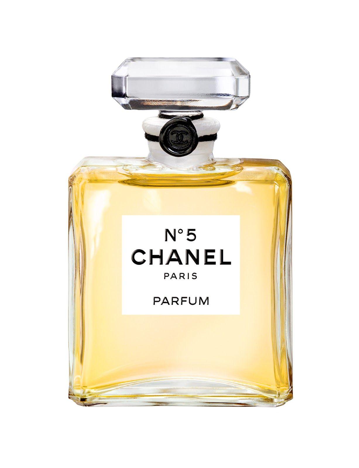 Ciertamente El Nº5 Es Un Perfume Con Una Historia Muy Particular Al Igual Que Su Intenso Aroma Extraño Olo Perfume Chanel Perfume De Mujer El Mejor Perfume