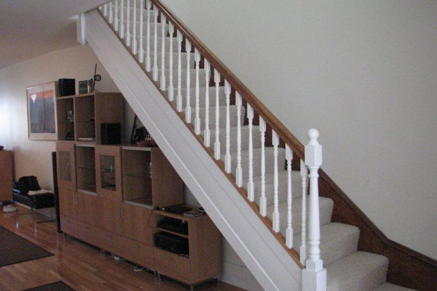 Best Metal Stair Railing Star With Wooden Rail System 400 x 300