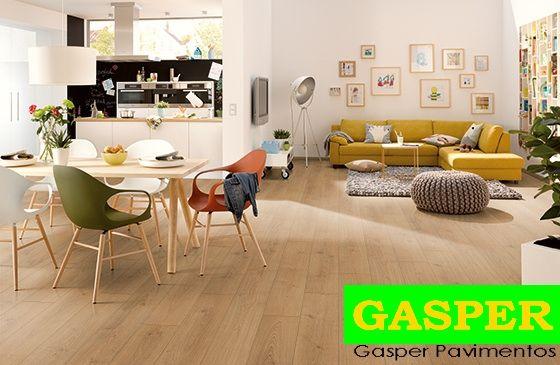 Gasper 8 mm - AC4.32 - Aqua Plus 22725 Roble Miel 1 Lama V4 Vista Habitación