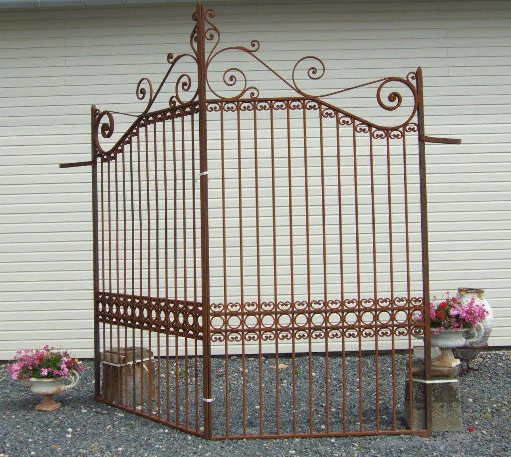 Grille fer forg ancienne r plique de portail ancien portail ancien pilier antique gates for Portail grille fer forge