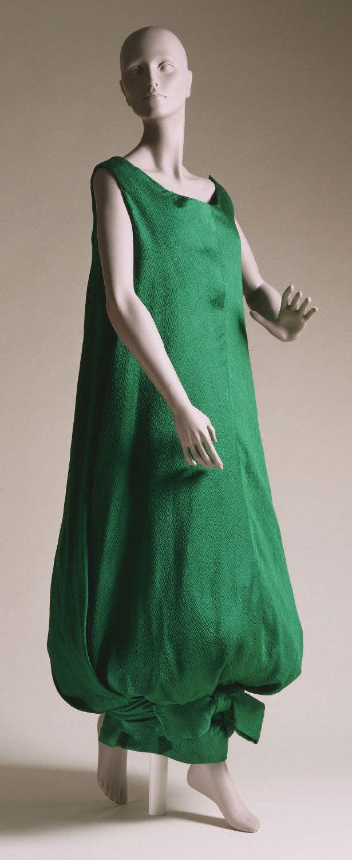 1958, Italy - Dress by Simonetta - Crinkled silk satin