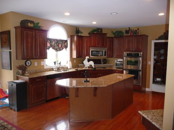 French Country Kitchen With Loads Of Color Kitchen Colors French Country Kitchens Country Kitchen