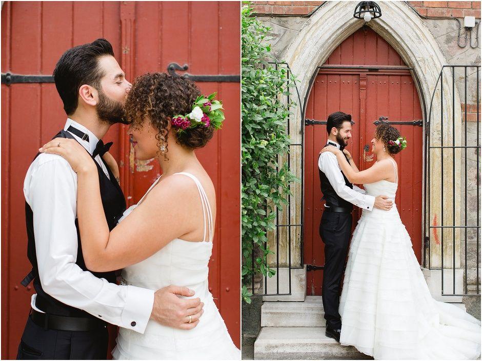 red door - bride and groom portraits - Becky Davis Photography - international wedding photographer