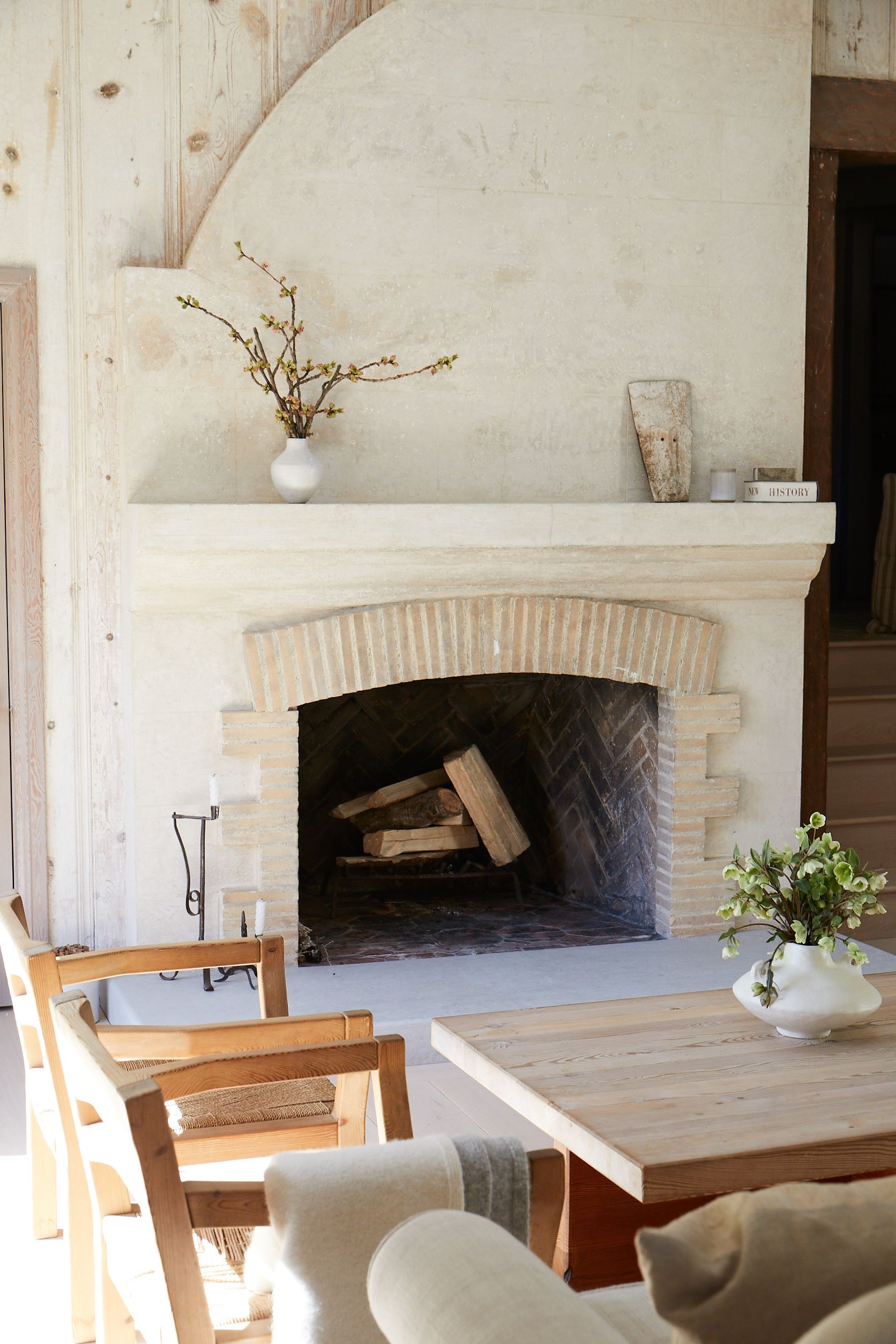 Beautiful Interiors From Jenni S Home Are Featured Throughout Pacificnatural Beautiful Interiors Home French Country Style