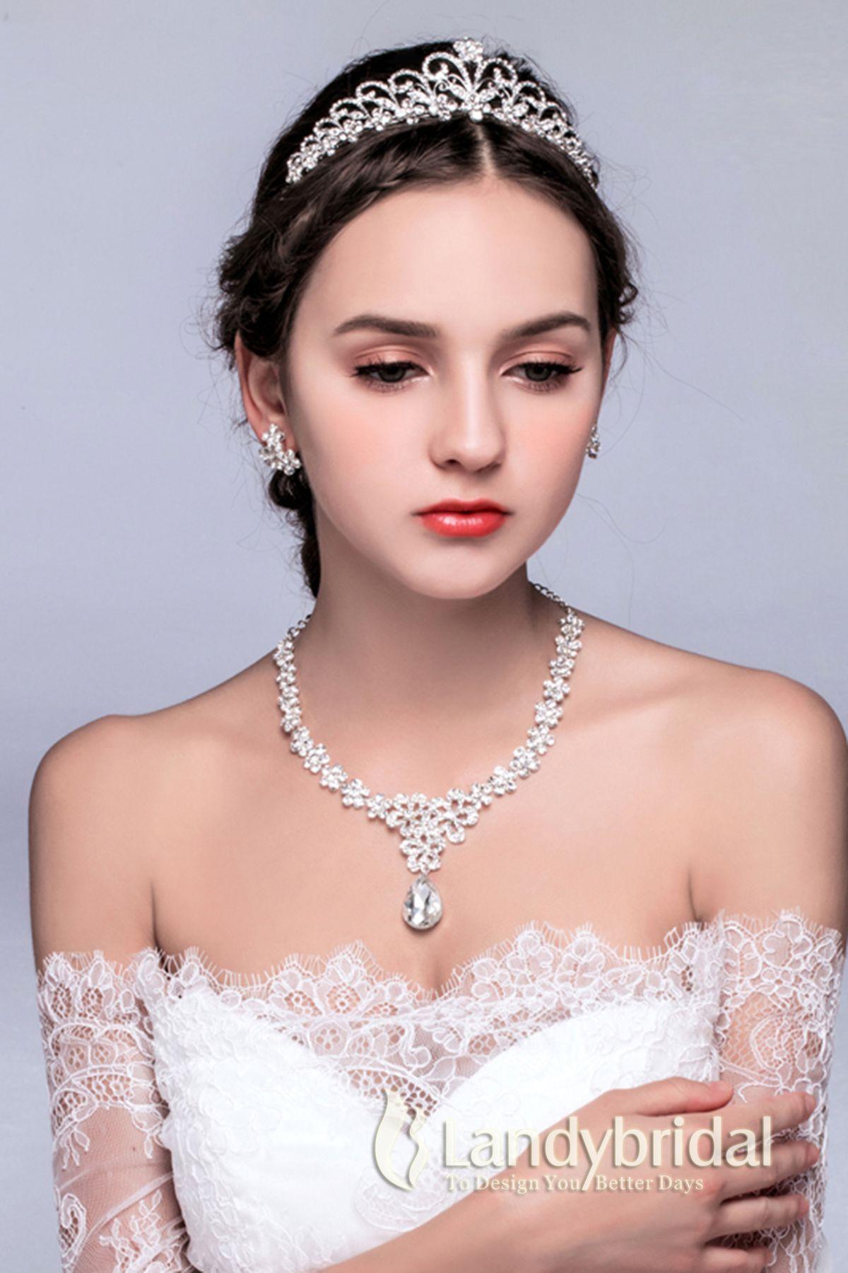 32572d0a85272 アクセサリー ティアラ イヤリング ネックレス 三点セット 豪華なデザイン ウェディング小物 結婚式 花嫁 JJ0015003