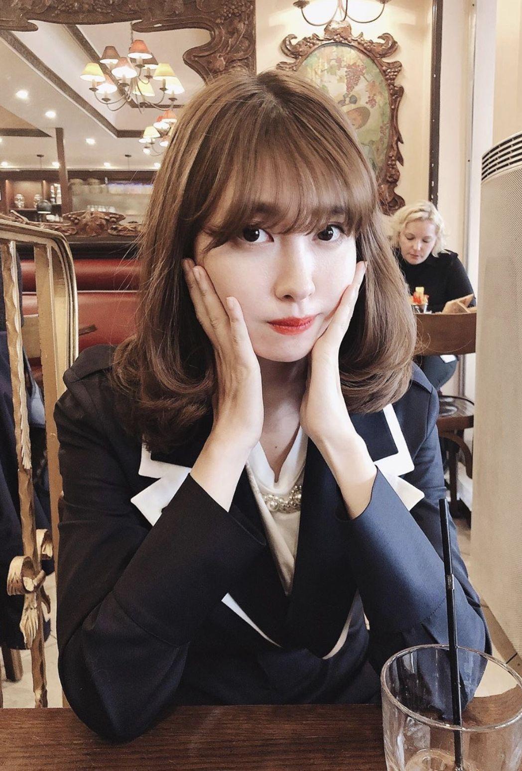 Pin By Jerry C On 小嶋陽菜 Haruna Kojima Girl Photos Japanese Girl