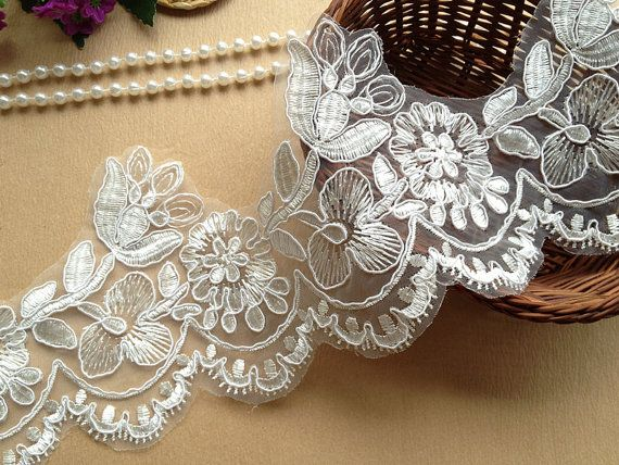 Gorgeous Ivory Wedding Lace Trim Ivory Embroidered por lacelindsay