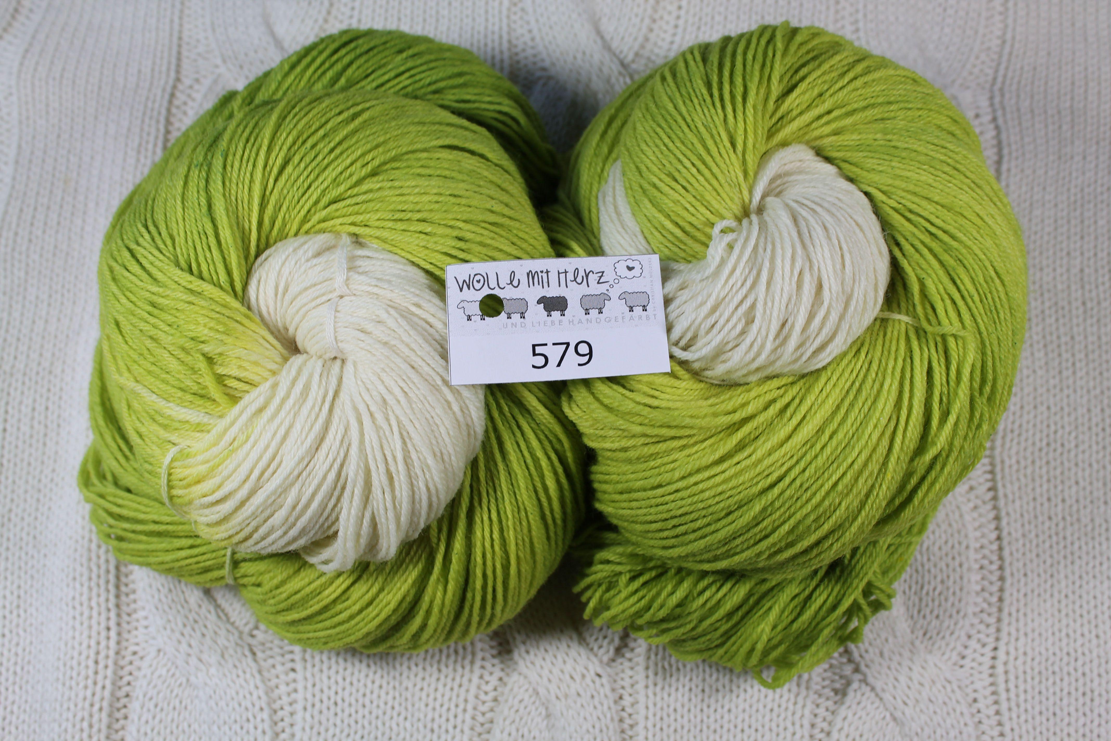 handgefärbte Wolle von Wolle mit Herz http://wolle-mit-herz.de/