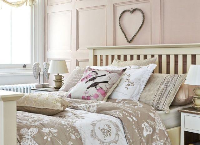 schlafzimmer shabby chic beige weiß rosa bettwäsche | Shabby chic ...
