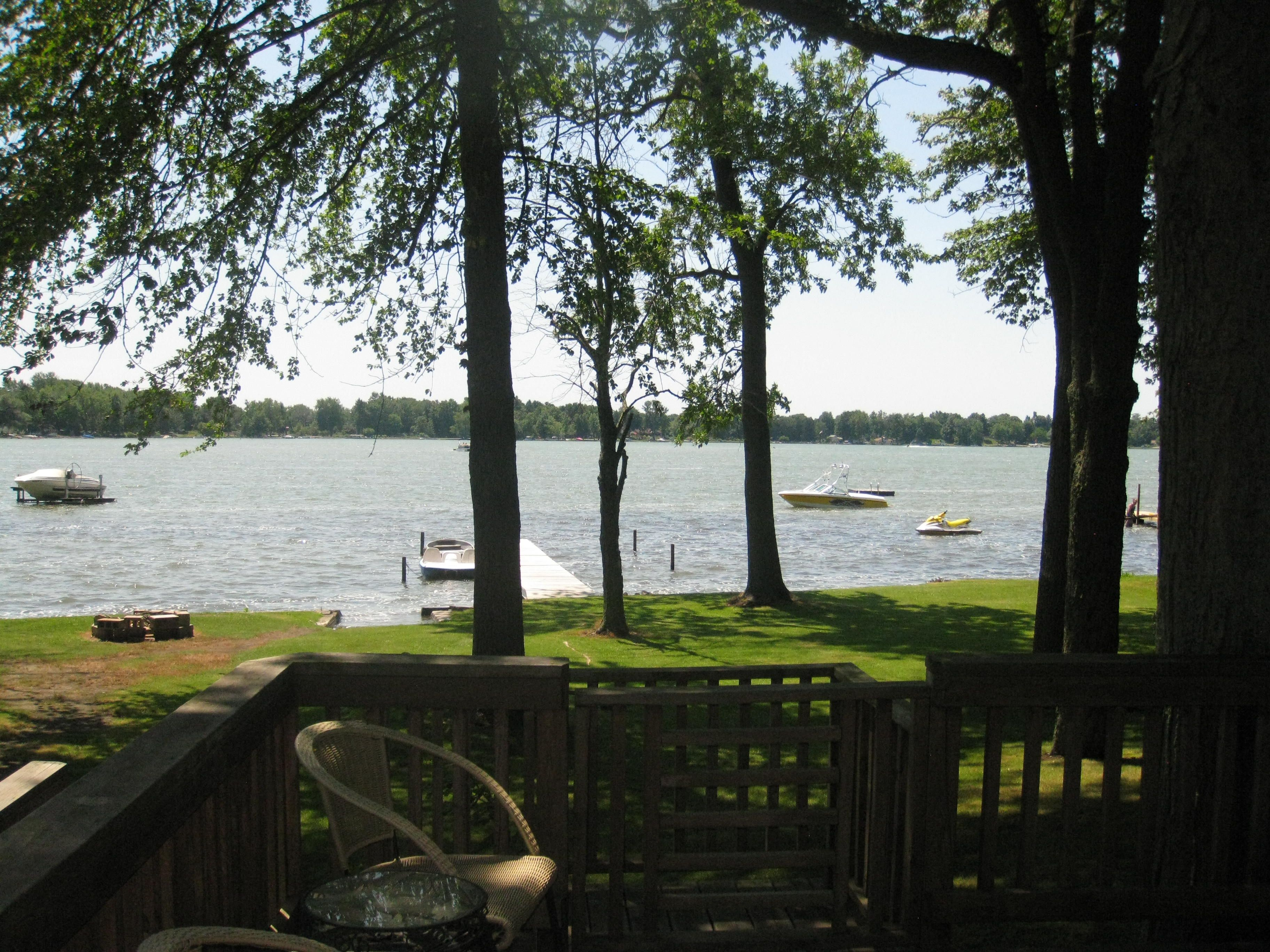 mi drummond lake office michigan of homes northern rent on rentals vacation cottages island for properties