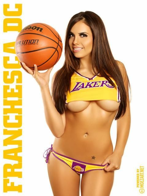 nudes girls of lakers