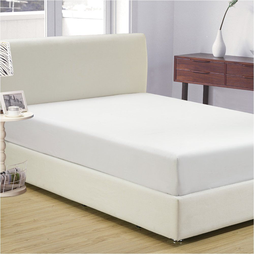 Mellanni Fitted Sheet Queen White Brushed Microfiber 1800 Bedding Wrinkle Fade Stain Resistant Hypoallergenic Queen White Click Image For More Fitted Sheet