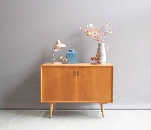 Welp Jaren 60 Deens klein eiken dressoir | Vintage dressoir, Vintage EN-41