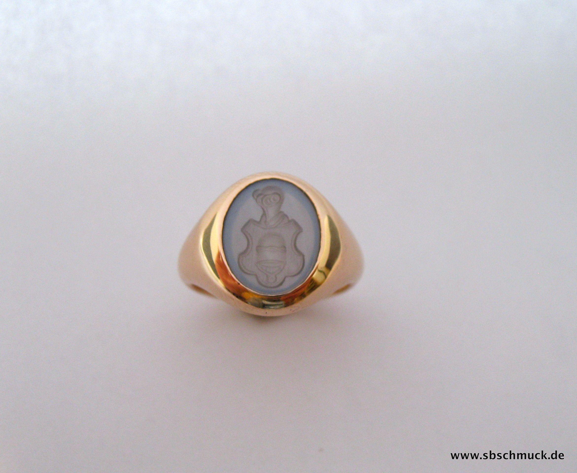 Ganz spezieller Siegelring aus Roségold mit ind Mondstein Siegel