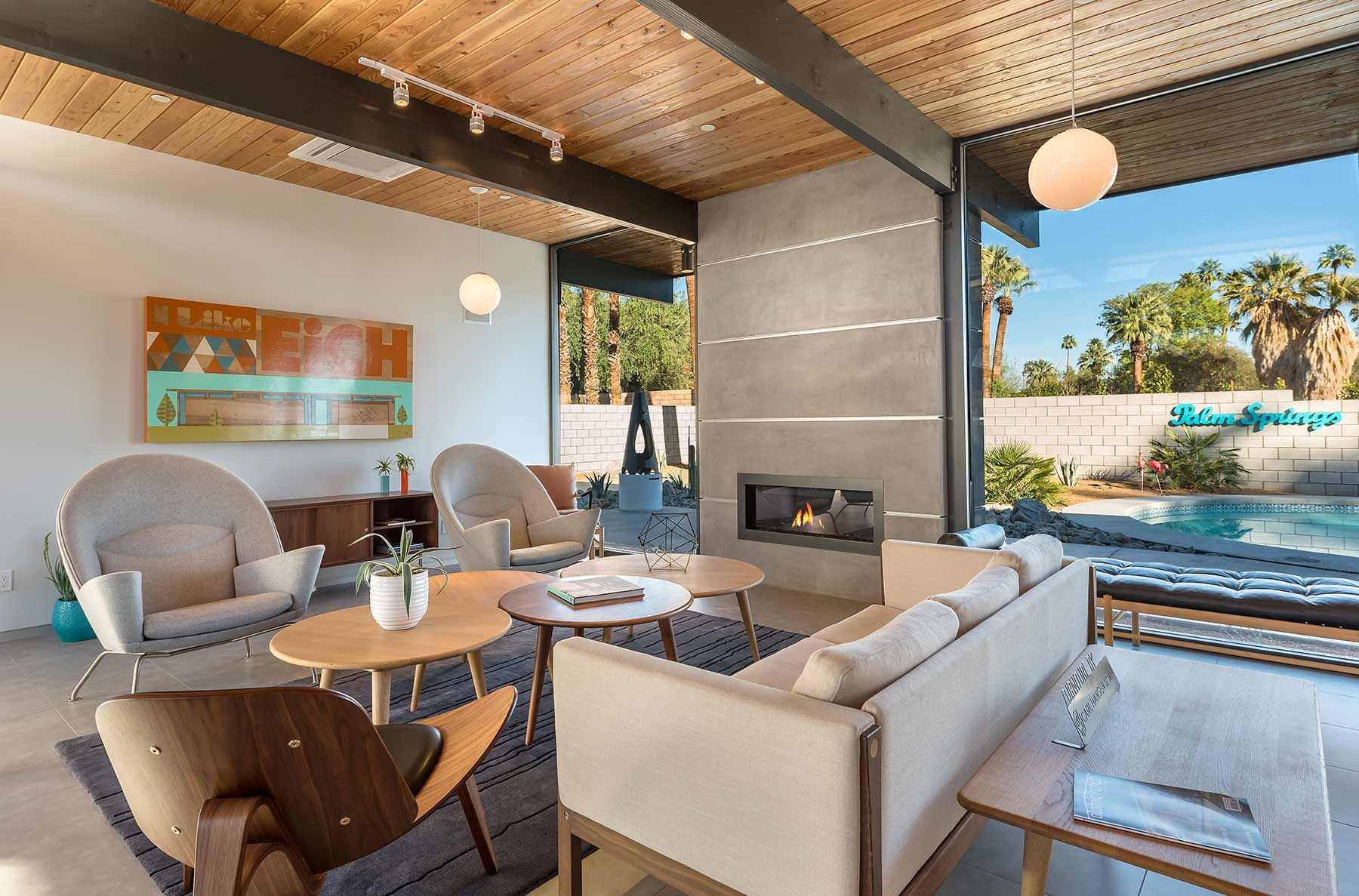 Best Great Use Of Color Mid Century Modern House Midcentury 400 x 300