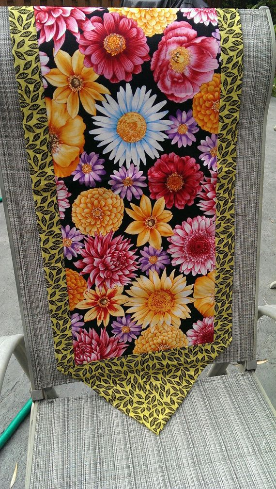 Hey, I found this really awesome Etsy listing at https://www.etsy.com/listing/197942688/handcrafted-summer-floral-table-runner