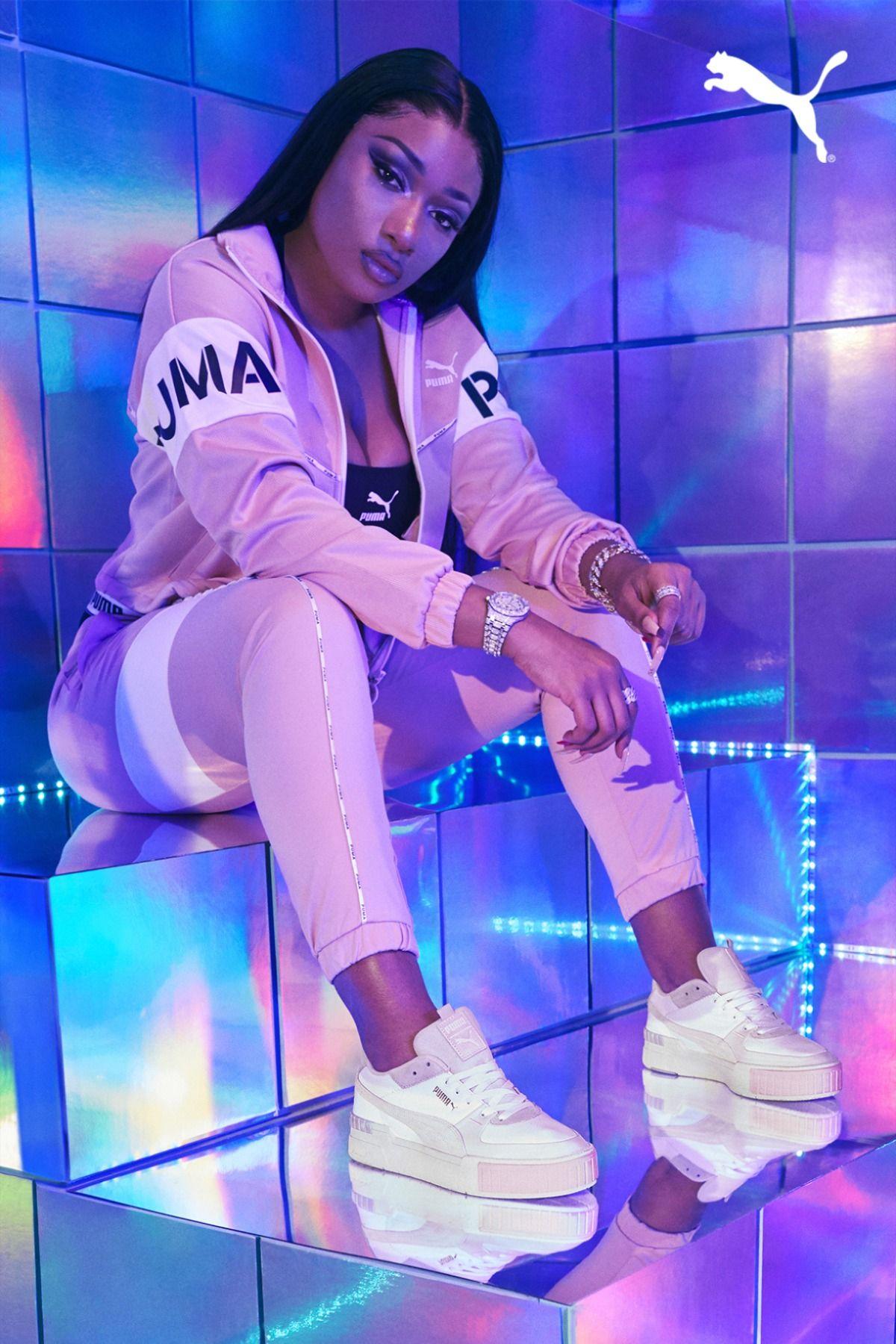 Megan Thee Stallion In Cali Sport Black Girl Aesthetic Bad Girl Aesthetic Female Rappers