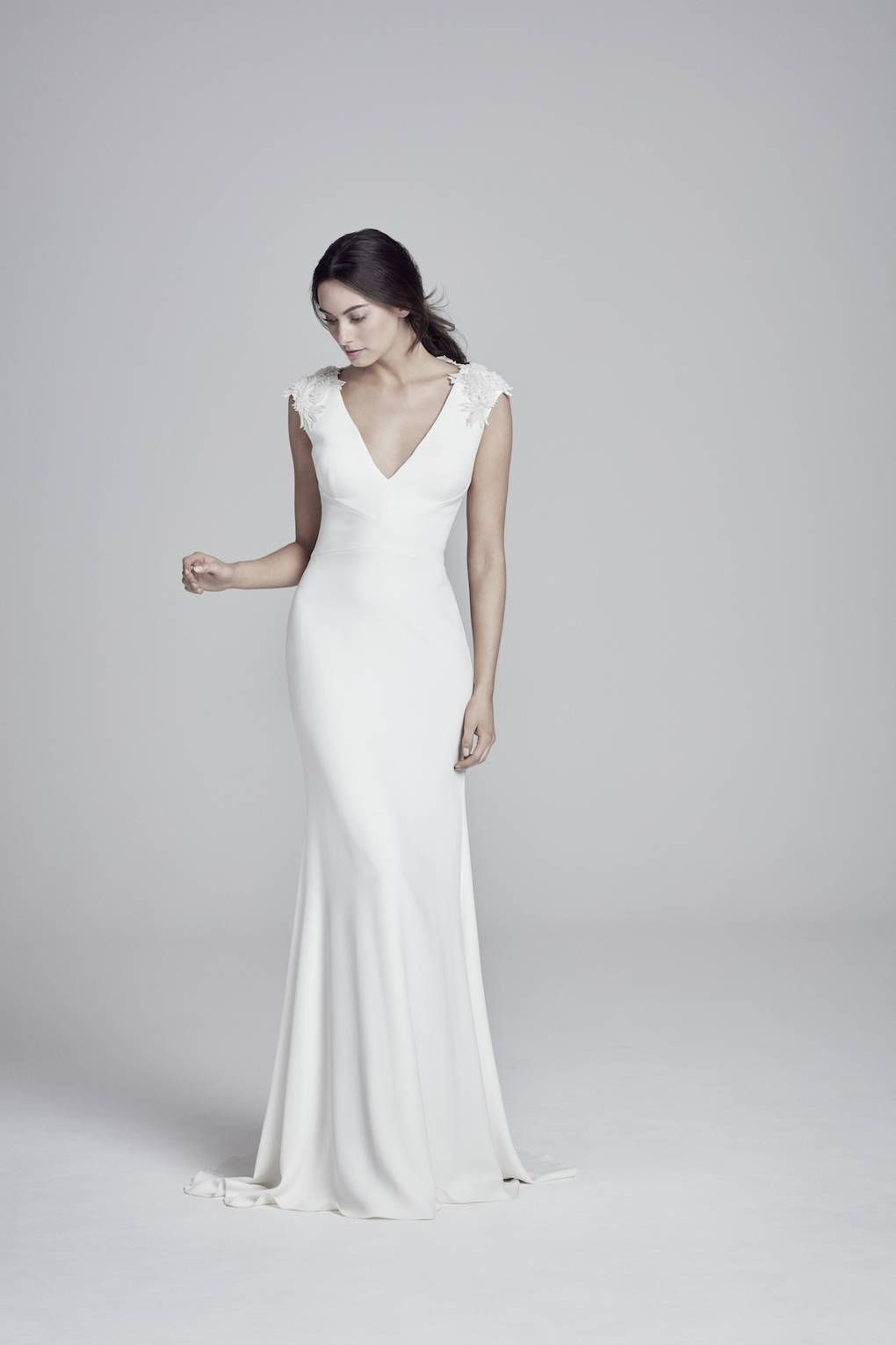 stunning simple wedding dresses courthouse wedding pinterest