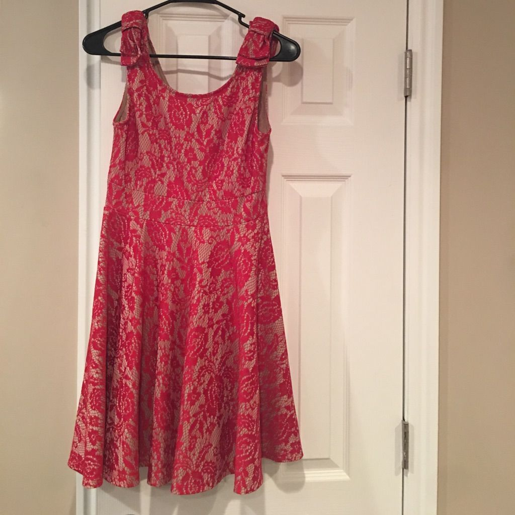 Semi formal dress worn a handful of times semi formal dresses and