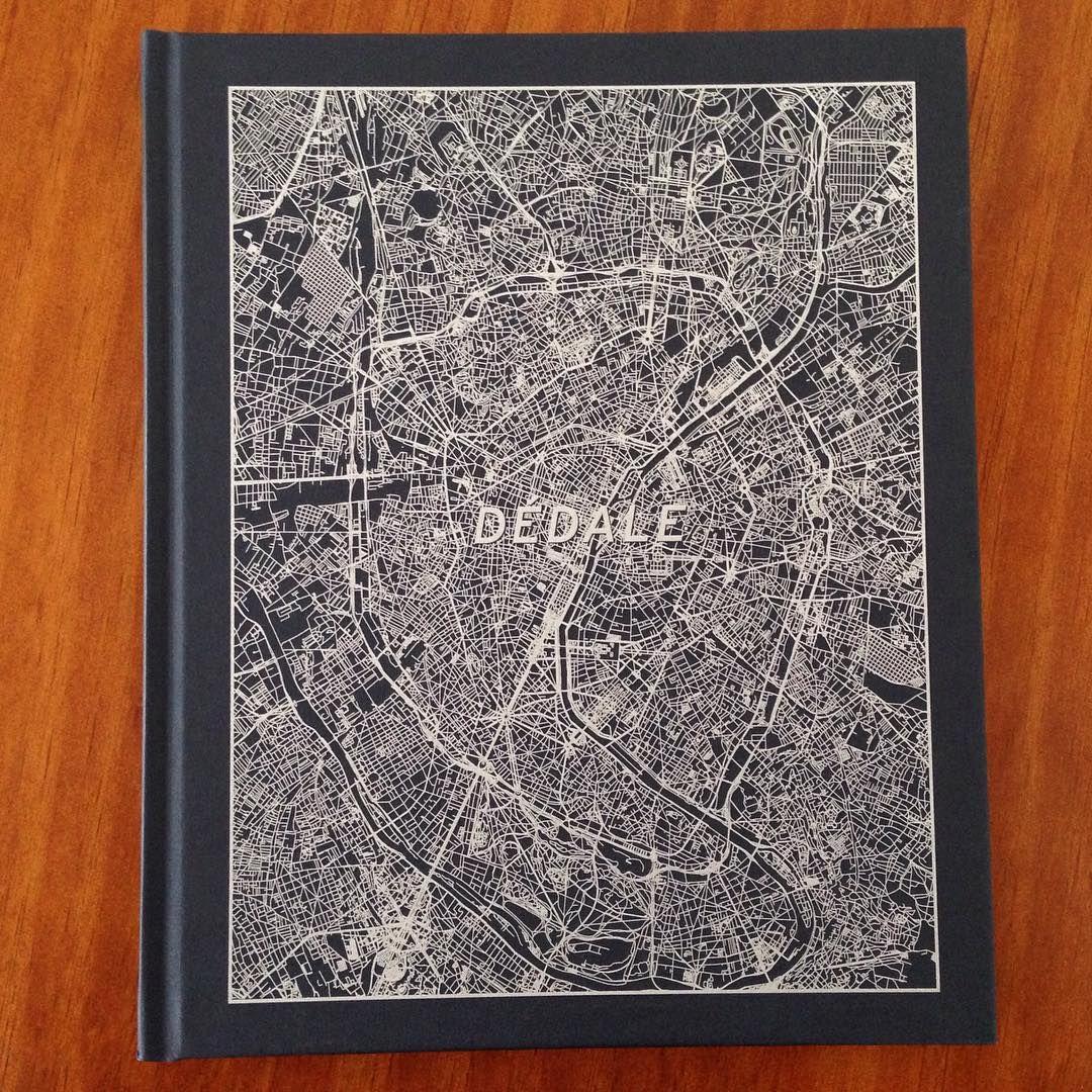DÉDALE, Laurent Chardon (Poursuite, 2015). • {@alexandrebelem for #10x10photobooks} {@olhave collection} #10x10AlexandreBelem #10x10Olhave #photobooks