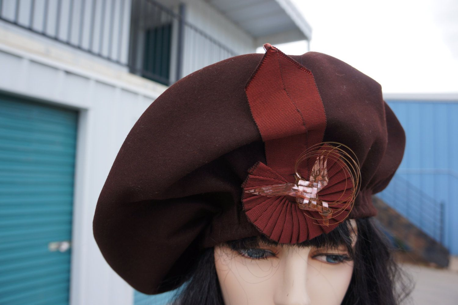 edcc1bb06b1fd Rare 1940s Millinery Over Sized Wool Beret Architectural Hat