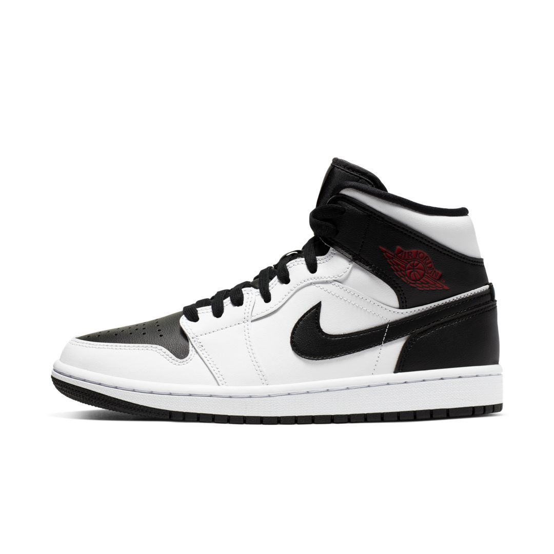 newest 71c41 e9cd0 Air Jordan 1 Mid Women's Shoe in 2019 | Products | Jordans ...