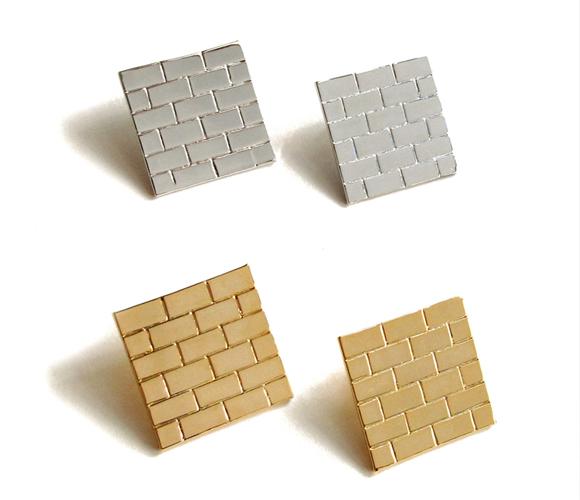 Siii, Brick Wall Earrings.