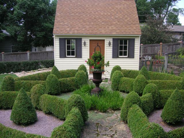 Gartenhaus schwedischer stil  Garten englischer Stil Heckenpflanzen Labyrinth | ☆ garden ideas ...