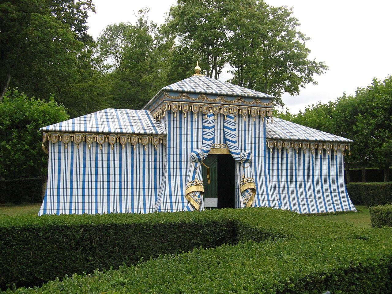Yvelines Chateau De Groussay Tente Tartare Beaux Jardins Les