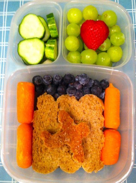 Airplane lunch #EasyLunchBoxes, #vegan, #plant based