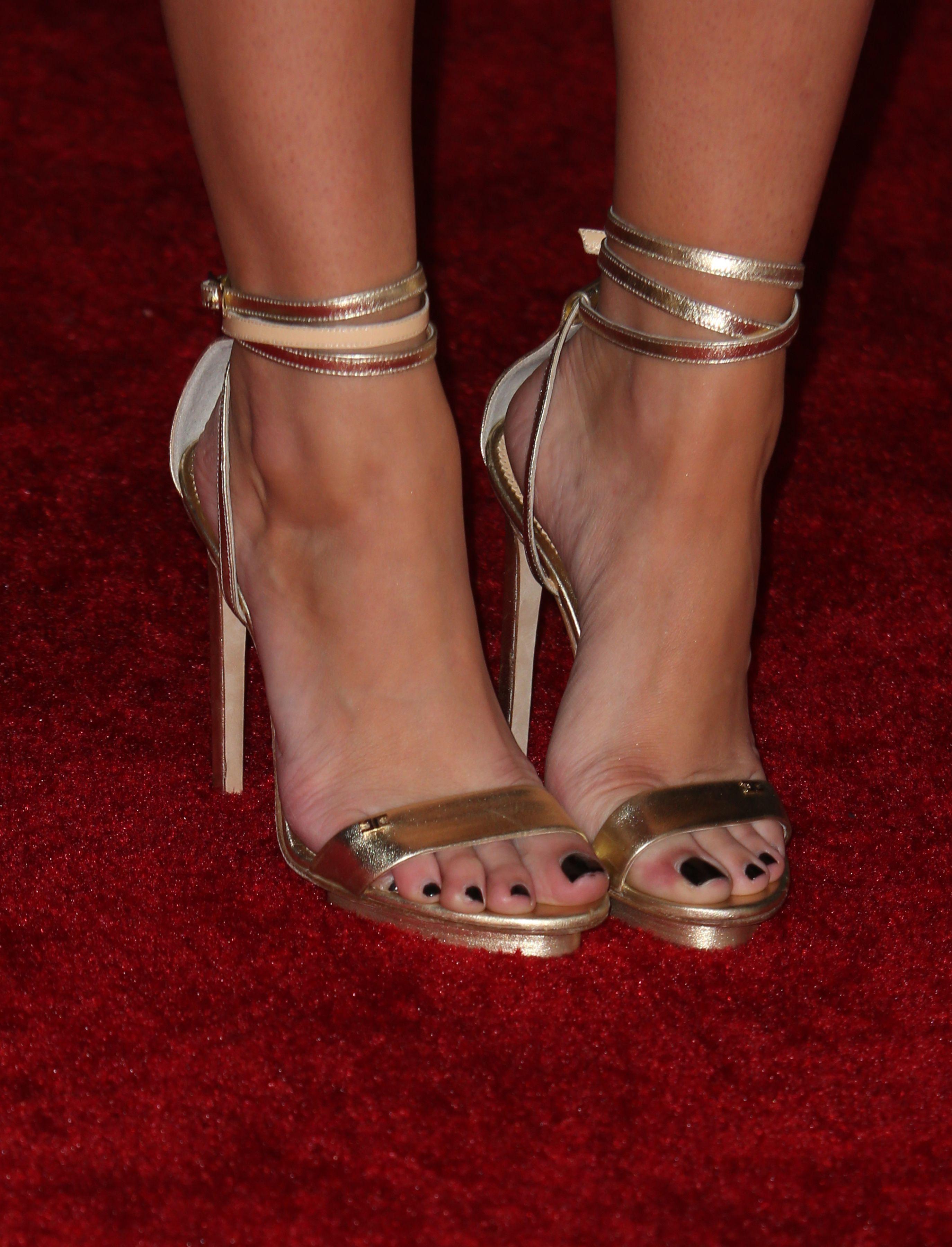 emily osment feet
