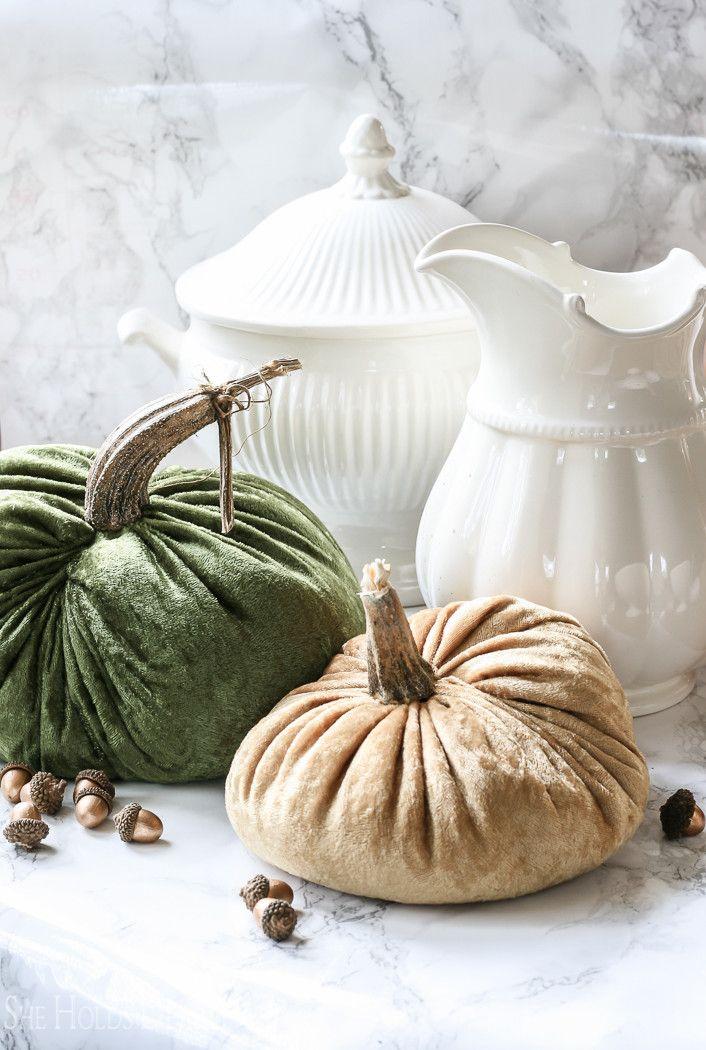 How to Make Velvet Pumpkins   Herbst und Tischdeko