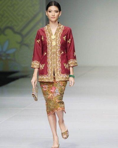 Model Kebaya Modern Nasional Etnik Batik Kebaya Di 2019 Kebaya