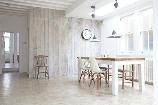 Wandpaneele Aus Holz Weiss Landhaus Esszimmer Skandinavisch Pendelleuchten Esstisch Wandpaneele Innenarchitektur Wandverkleidung Holz