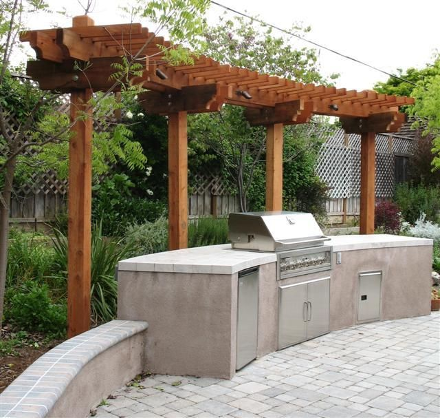 Outdoor Kitchen And Trellis By West Bay Landscape Co In San Jose Backyard Patio Outdoor Decor Outdoor Living