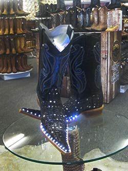 Gomez Western Wear Tienda De Ropa Vaquera En Dallas