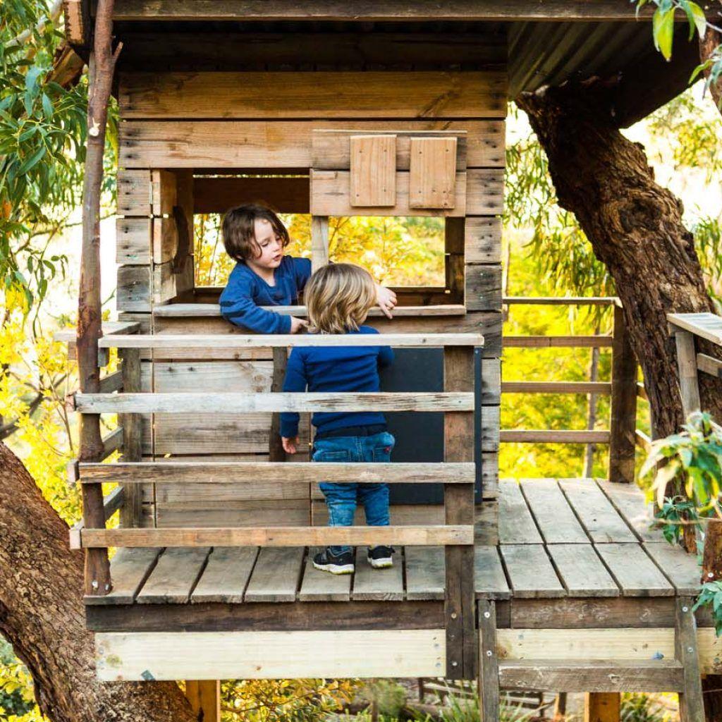 Kids Tree Houses Kids Cubbies Australia Castle Cubby Melbourne Tree House Kids Tree House Kids Cubbies
