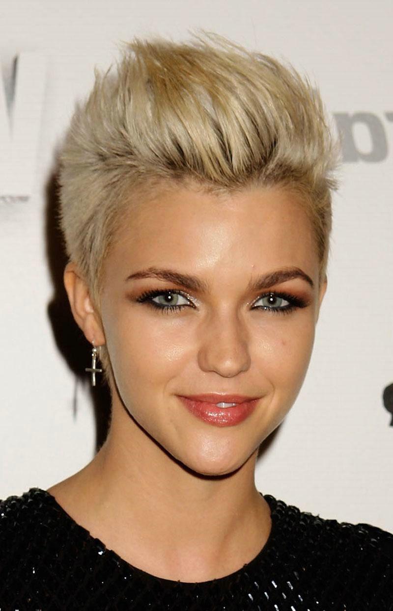 edgy short hairstyles women