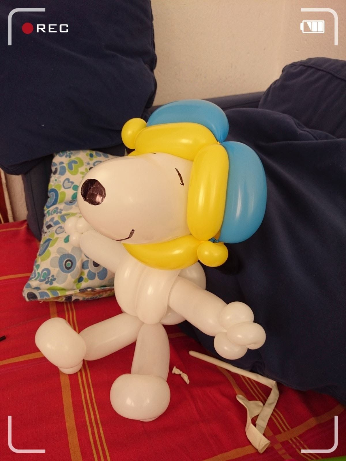 Snoopy con globos 260 globos aaaa pinterest - Como hacer figuras con globos ...