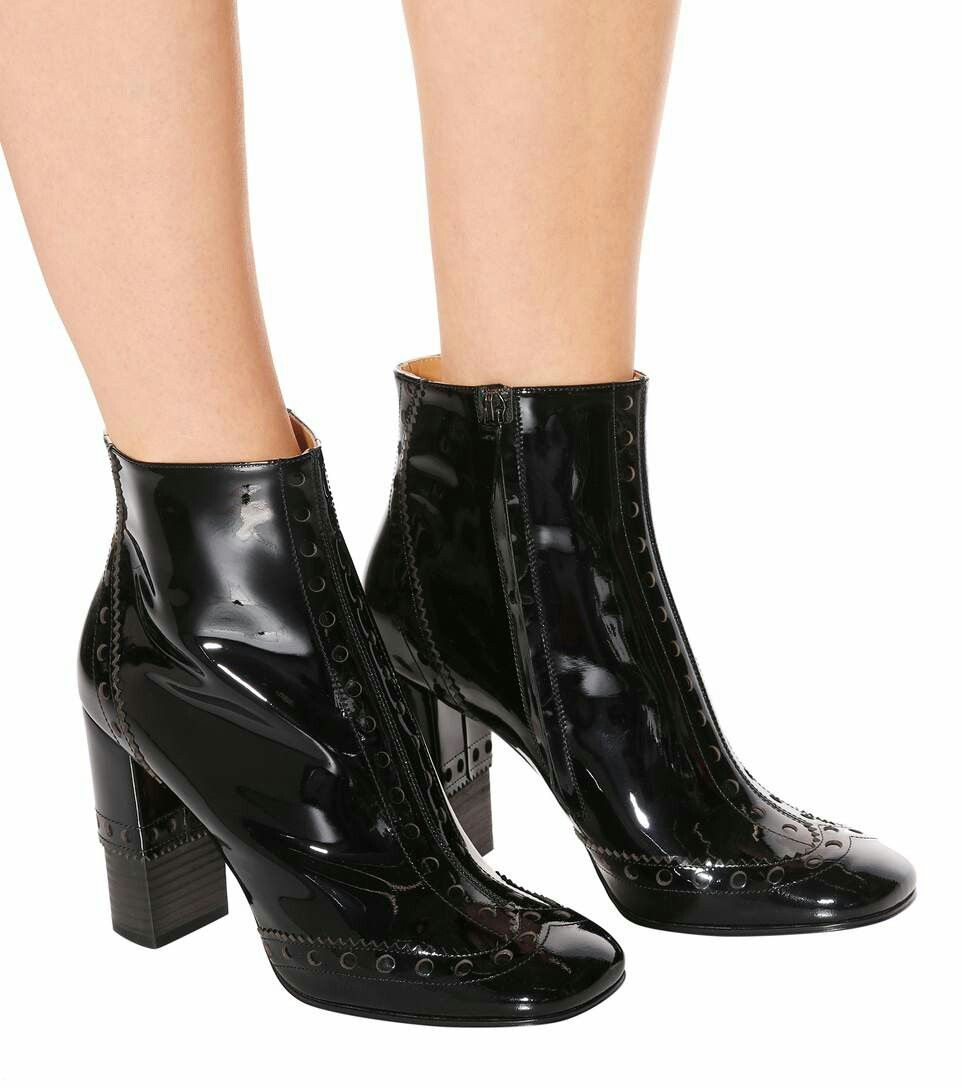 9c399dbd3f0b CHLOÉ Perry patent leather ankle boots €565