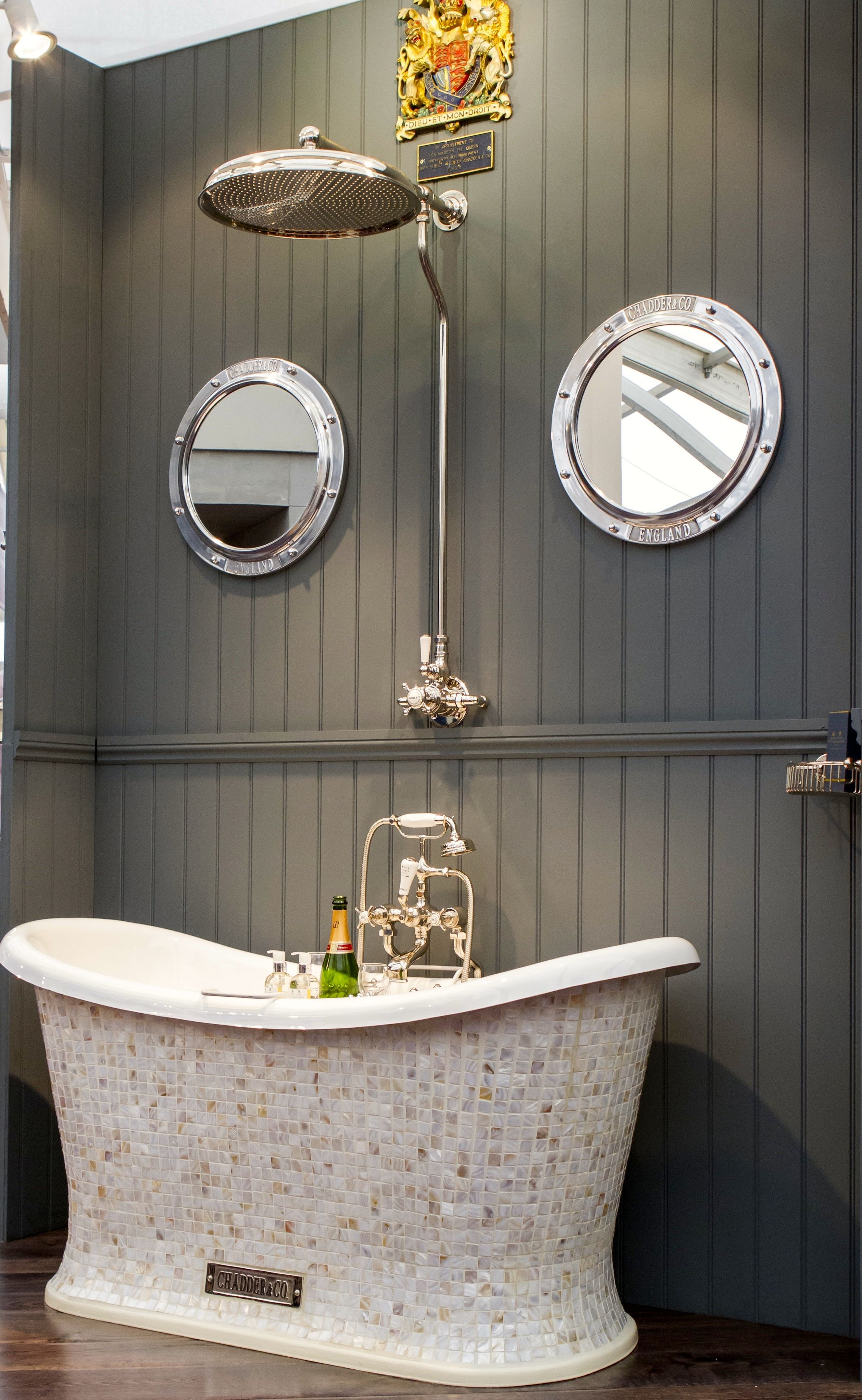 Badezimmer ideen fliesen dusche glamor and beauty all in one space find luxury ideas for these